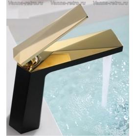 Смеситель для раковины Boheme Venturo 381-B черный с золотом